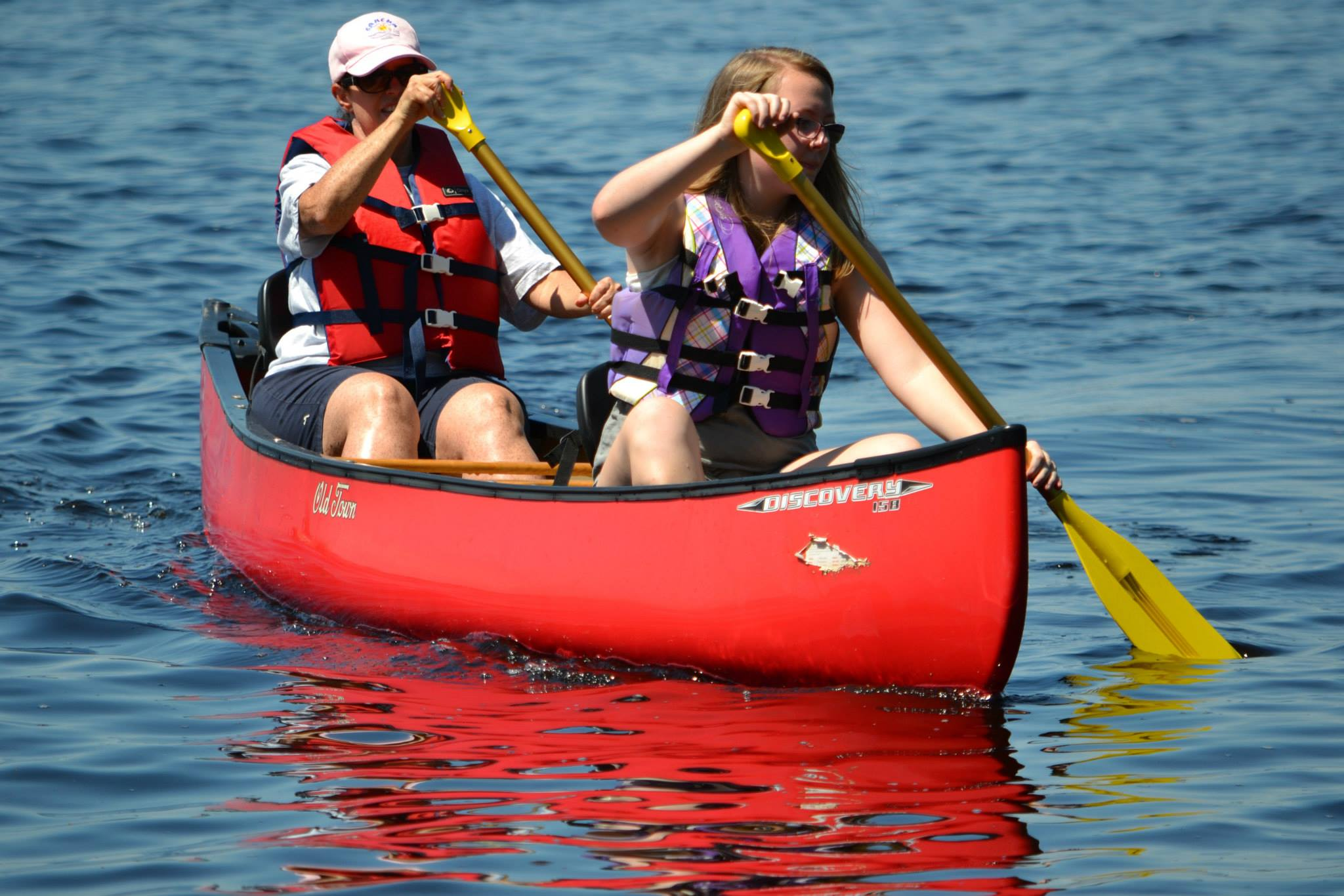 Kids in a canoe image